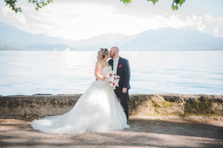 photo couple au bord du lac d'annecy - témoignage