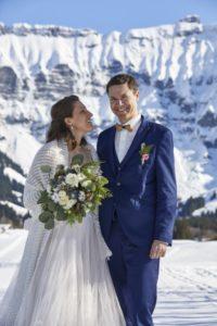 photo couple mariage à la montagne