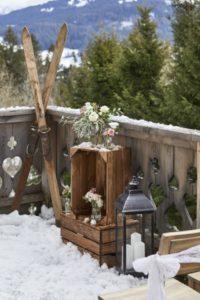 cérémonie laïque dans la neige