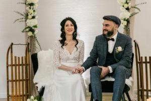 Mariés au coeur de leur cérémonie laïque